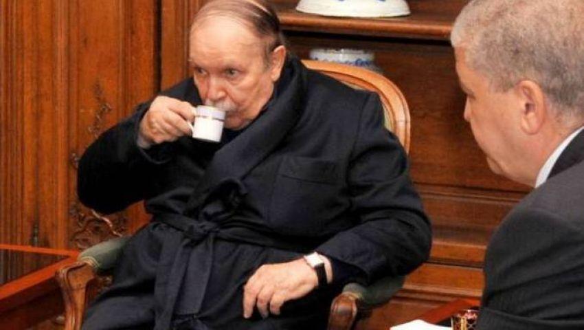 الجزائر: انتفاضة شعبية تزامنا مع انقلاب عسكري للإطاحة بالحاكم ...