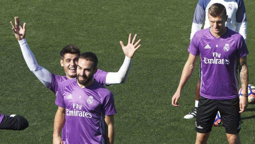 ريال مدريد يسعى للاستمرار في الصدارة.. وبرشلونة للثأر من رباعية فيجو