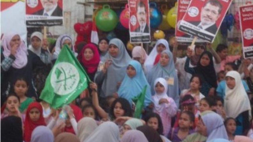 مسيرات نسائية تجوب ميدان رابعة في جمعة الفرقان