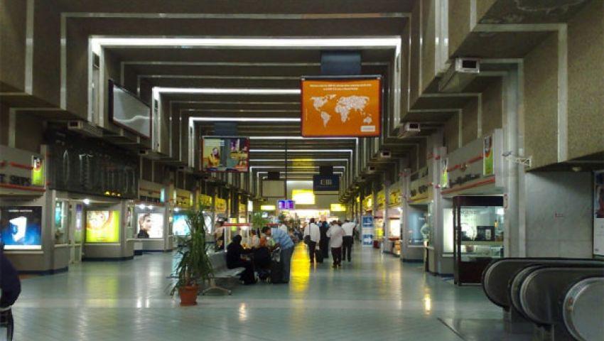 كبار الزوار في مطار القاهرة بدون مسئولين