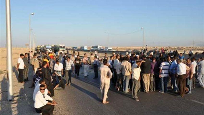 بدو يغلقون طريق الإسماعيلية بورسعيد الزراعي