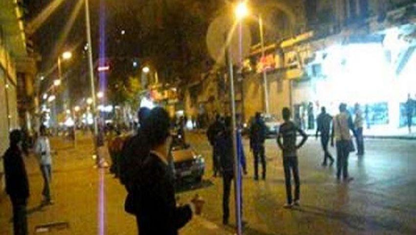 مناوشات بين الباعة ومتظاهرين بطلعت حرب