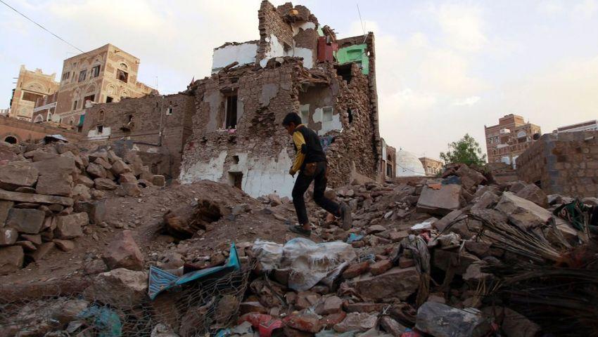 بعد عام على الحرب.. اليمن أنقاض دولة