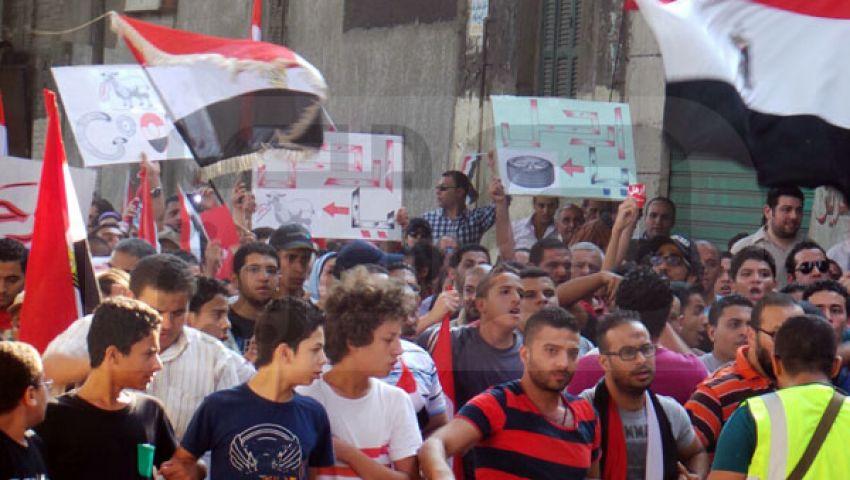 الجارديان: فلول النظام السابق تحاول إبعاد مرسي