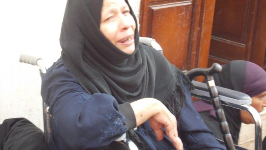 والدة أحد ضحايا العريش: ابنى العائل الوحيد لى وقدمته فداءًا لوطني