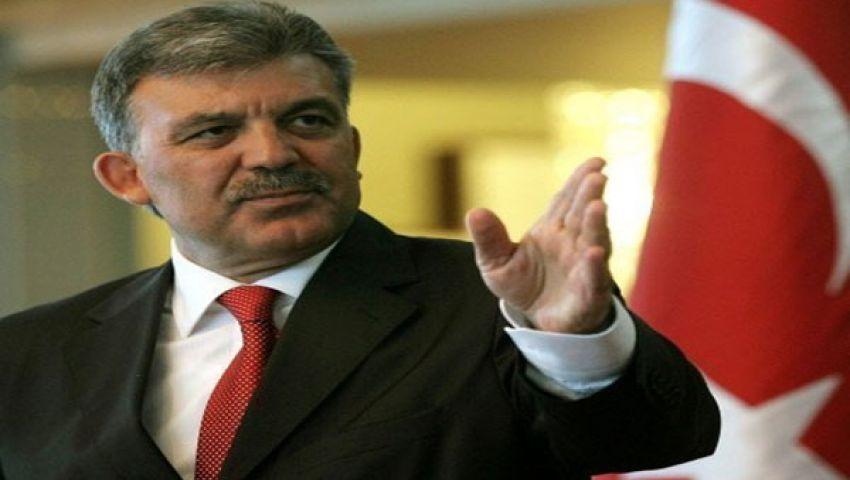 عبد الله جول يدعو السلطات لعدم إيذاء مرسي