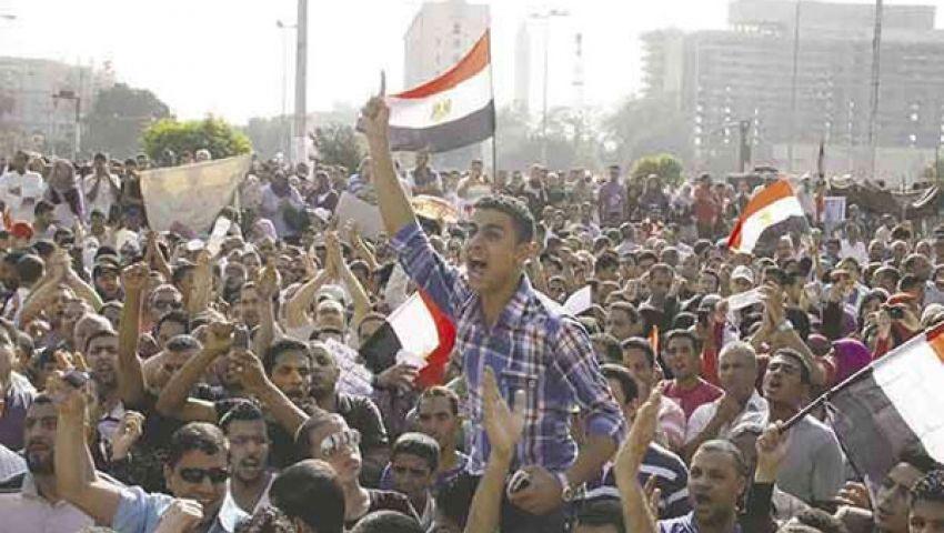 التحرير يستقبل مروحيات الجيش بالهتاف