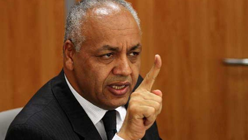 بكري يهاجم البرادعى بالبرلمان:خائن ويحمى المتآمرين على مصر