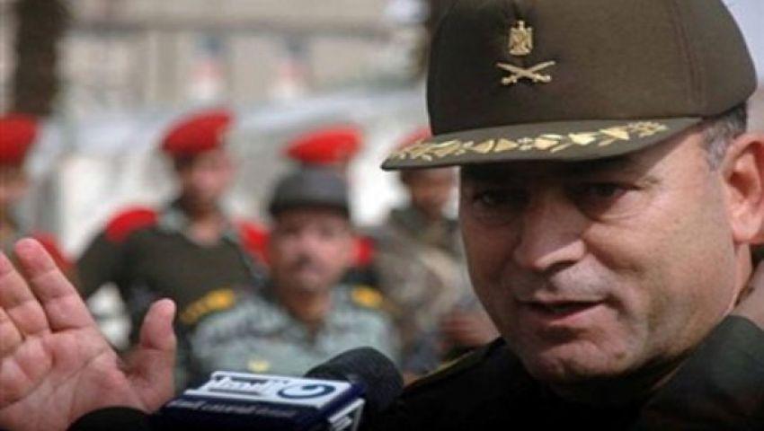 قائد الجيش الثالث يتفقد القوات المكلفة بتأمين السويس