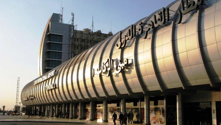 مطار القاهرة يستقبل 12 فلسطينيا قبل ترحيلهم إلي غزة
