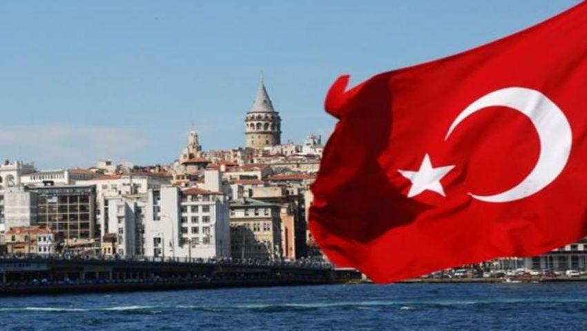الحساب الجاري التركي يبلغ أقل مستوى منذ 15 عامًا