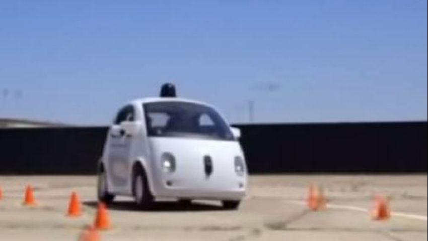 غوغل تختبر سيارات ذاتية القيادة في كاليفورنيا
