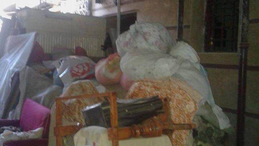 أسرتان من بورسعيد بعد 60 يوما في الشارع: برد الشتاء هيقتلنا