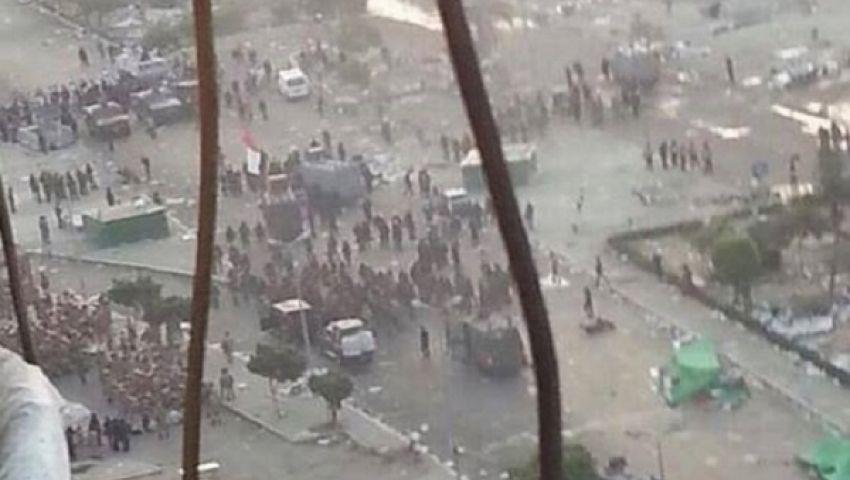 34 قتيلا فى مجزرة أمام الحرس الجمهوري