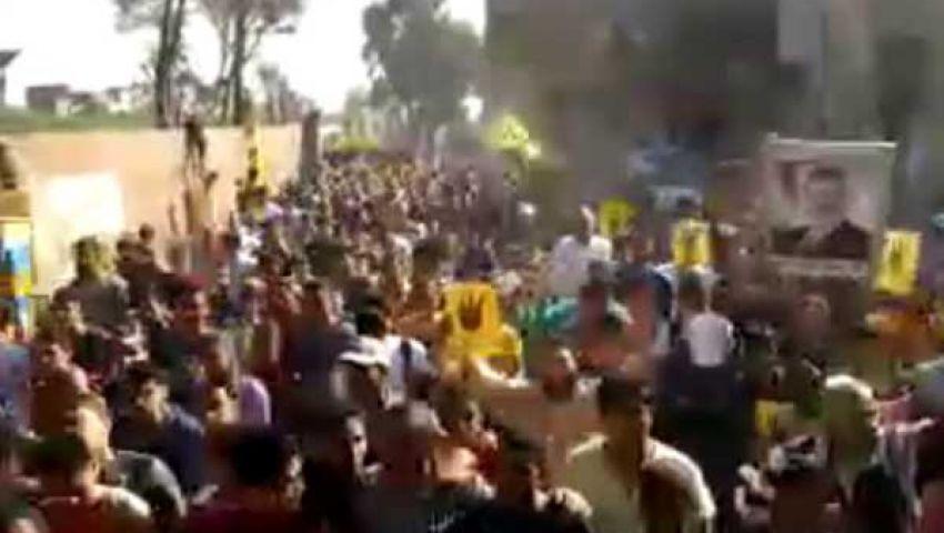 فيديو.. مظاهرة فى الحوامدية: الشعب يطالب بشرف القضاء