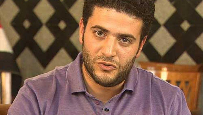 نجل مرسي ينفي مداهمة الأمن لمنزلهم