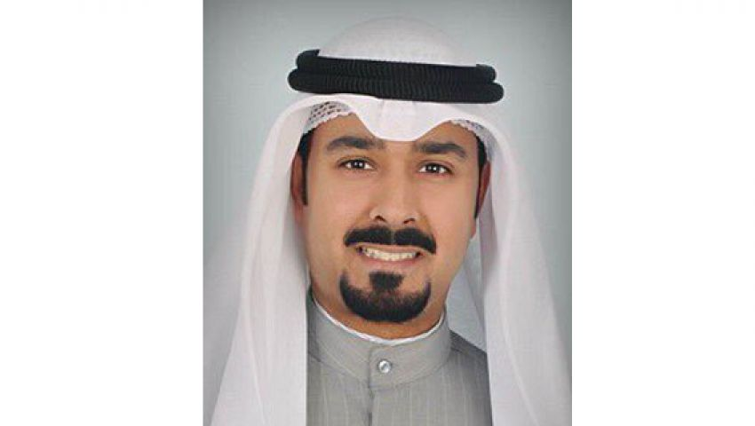 إعلام الكويت يوقف محرر أخبار عن العمل بسبب تغريدة