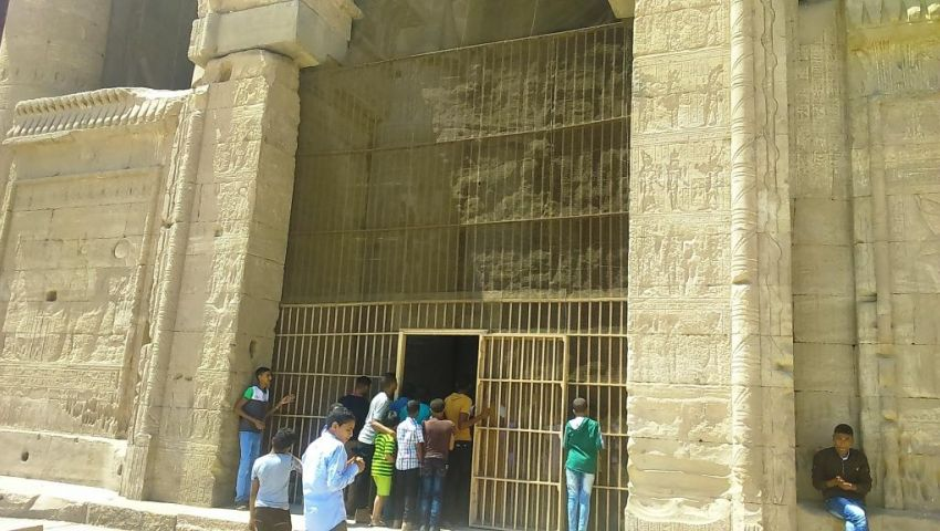 خلال أسبوع.. معبد دندرة بقنا يستقبل 242 سائحًا