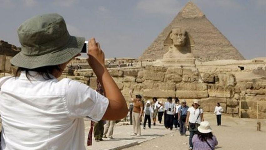 بدوييستنكر قيمة إعانة المرشدين السياحيين