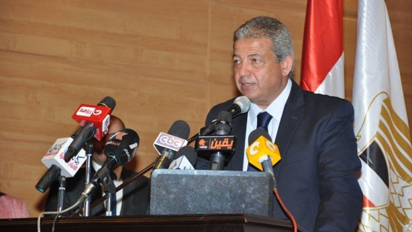 وزير الرياضة يبحث طلبات اتحاد السلاح