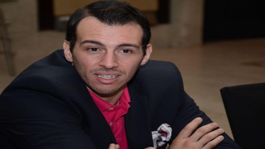 رامي رضوان: إسرائيل تقتل الفلسطينيين وعباس يشارك في جنازة بيريز
