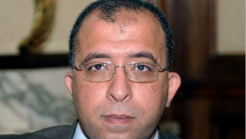 العربي يتابع تنفيذ الطريق الدائري بالوادي الجديد