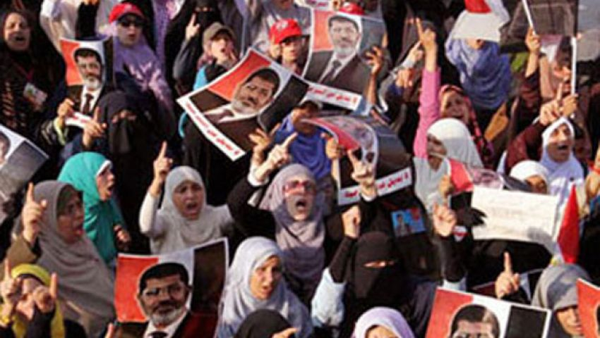 فيديو.مظاهرة نسائية دعمًا لمرسي بالمنصورة