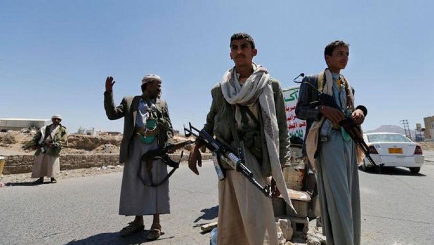 إصابة 15 يمنياً بشظايا مضادات الطيران في الحديدة