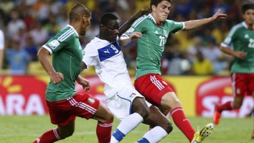 لاعبو المكسيك ينجون من عقوبات قضاء سهرة خاصة بالبرازيل