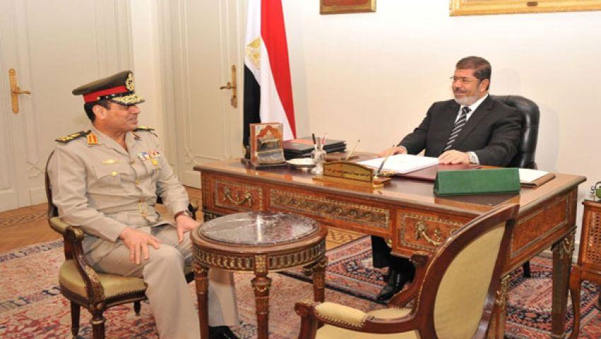 مرسي يستقبل السيسي لبحث 30 يونيو