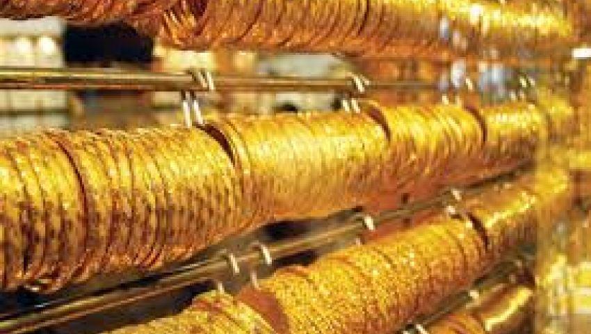 فيديو| أسعار الذهب اليوم الجمعة.. عيار 21 بـ621 جنيهًا