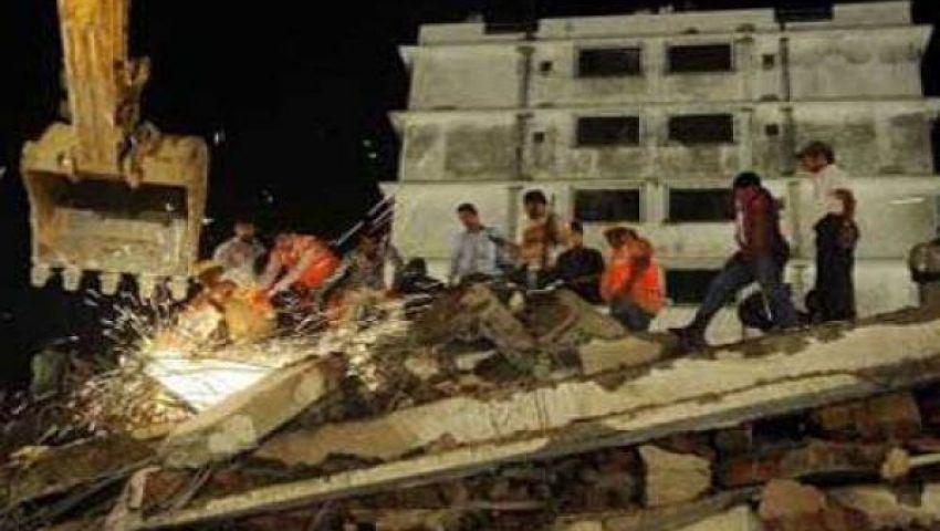 قتيل و12 جريحًا في انهيار مبنى بالهند