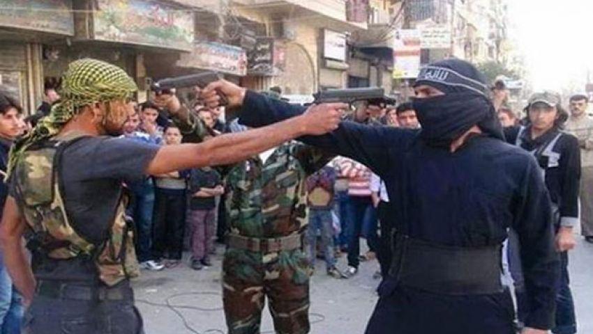 60 قتيلًا في اشتباكات بين داعش والمعارضة السورية