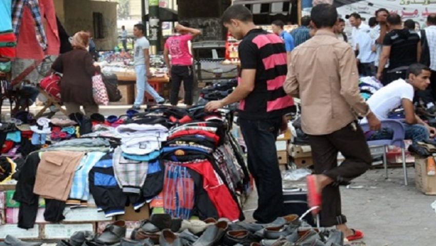 الباعة الجائلون: نرفض النقل.. والترجمان سوق للمواشي