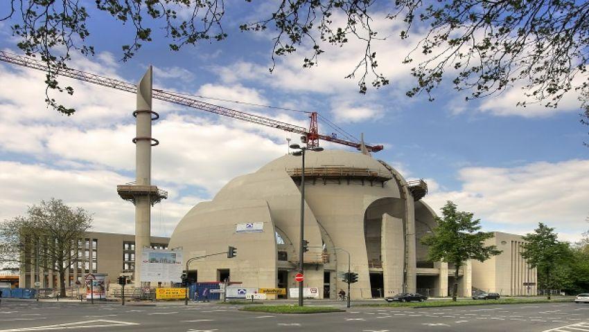 هجوم بقنبلة حارقة على مسجد في ألمانيا