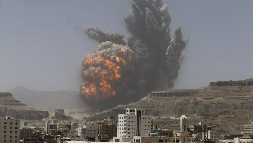 اليمن.. التحالف يكثف غاراته على الحوثيين في البيضاء