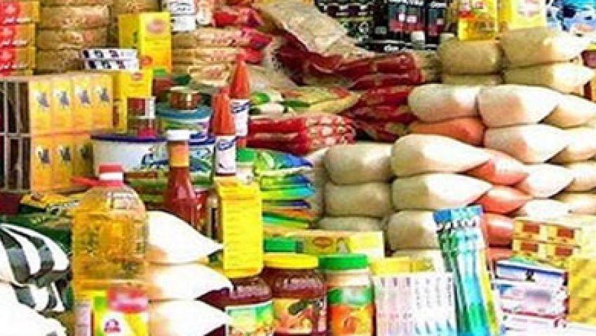 200 مخالفة تموينية بحملات مكثفة على الأسواق