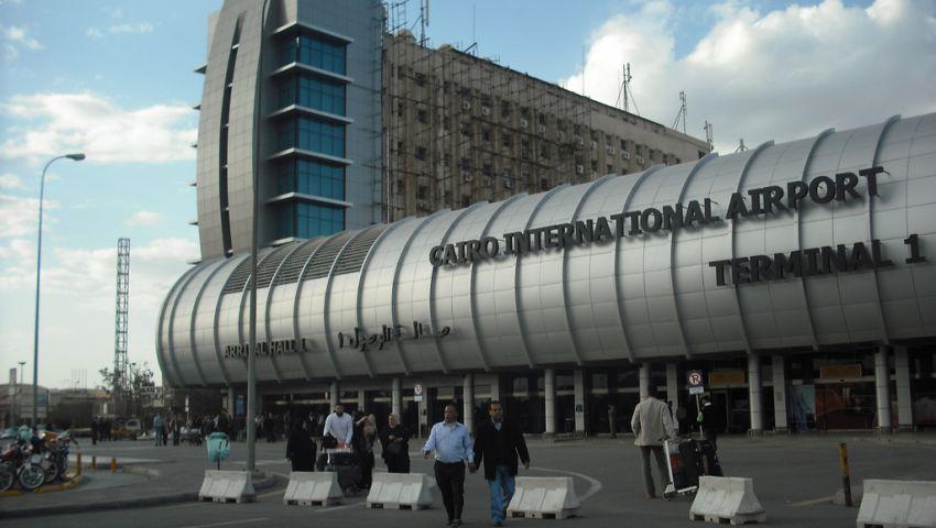 مطار القاهرة يستقبل 123 قطعة أثرية عائدة من واشنطن