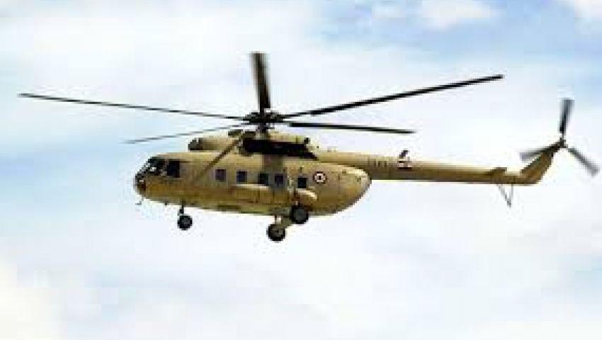 هليكوبتر تحلّق على ارتفاعات منخفضة ببني سويف