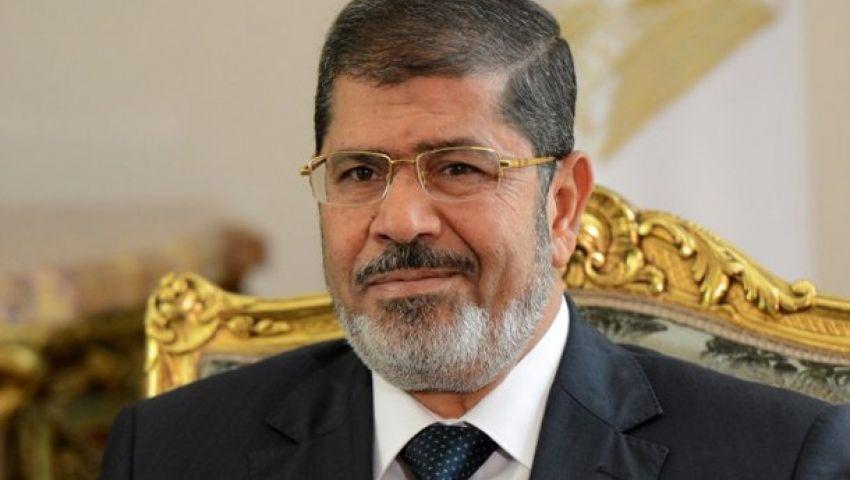 مرسي يردد: هتشوف يا سيسي لما أخرج