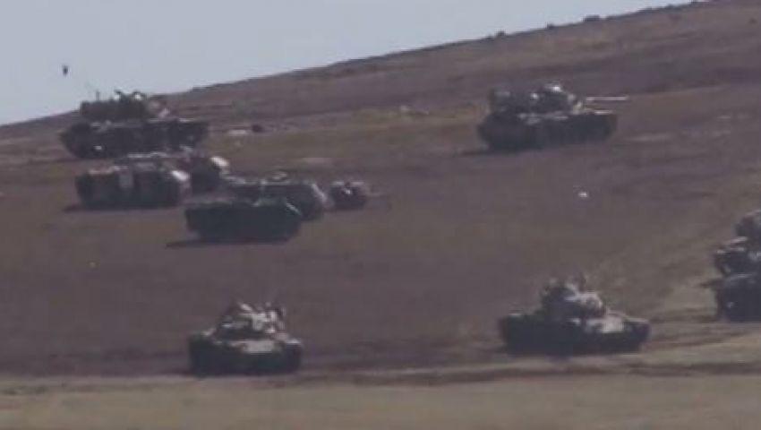 فيديو..إنتشار مكثف للدبابات التركية على حدود سوريا