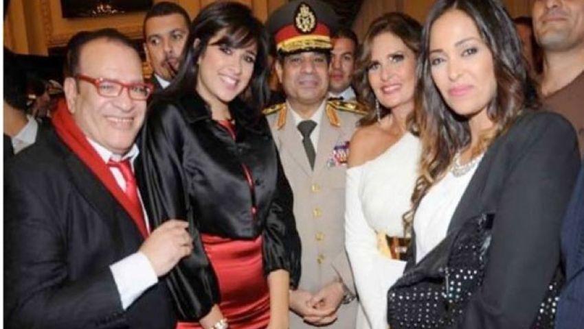 خبراء: سياسة الفضائح استراتيجية لإلهاء المصريين عن همومهم