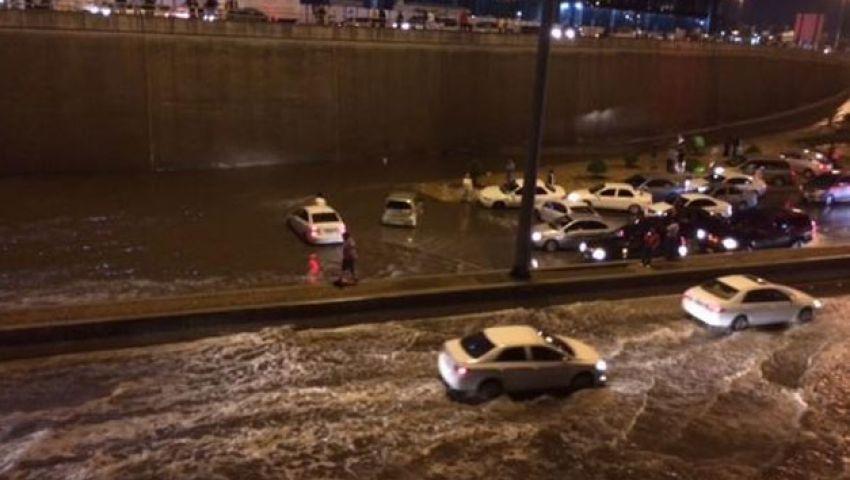 خبير سعودي: الأمطار تلحق أضرارًا بـ 45% من المحال التجارية