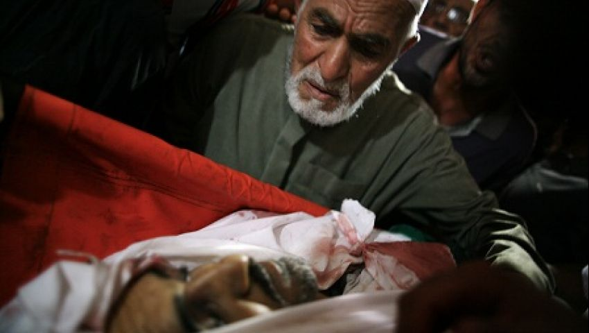 شهيدان يرفعان ضحايا العدوان على غزة إلى 2105