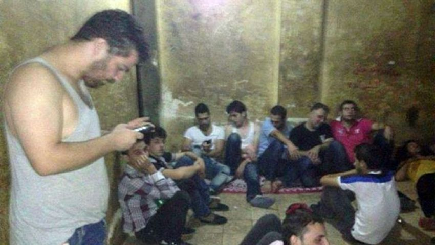 هيومان رايتس تطالب بوقف اعتقال السوريين في مصر