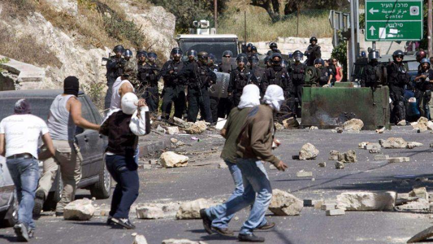 إسرائيل تمنع الفلسطينيين من ركوب الحافلات العامة