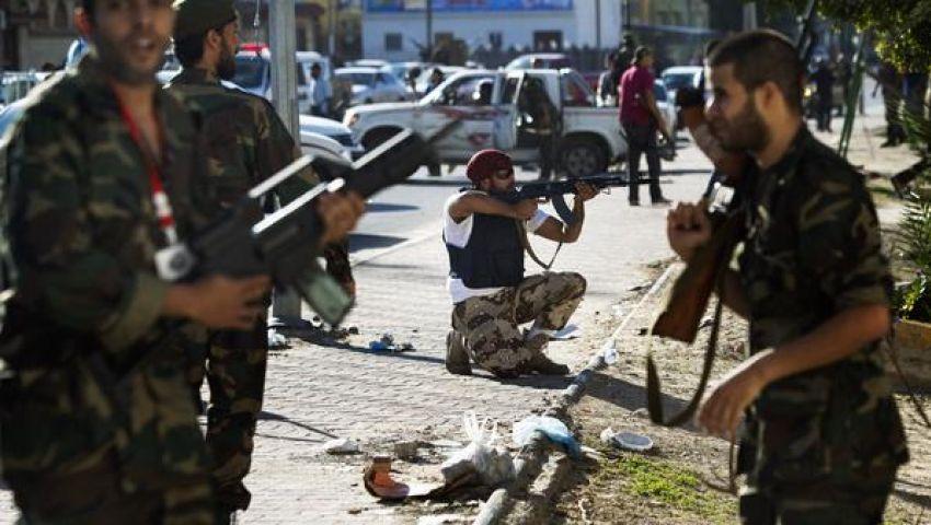 8 قتلى باشتباكات بين ميليشيات ومتظاهرين بطرابلس