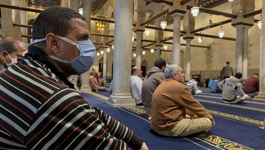 رويترز: كورونا يغير طعم رمضان في مصر