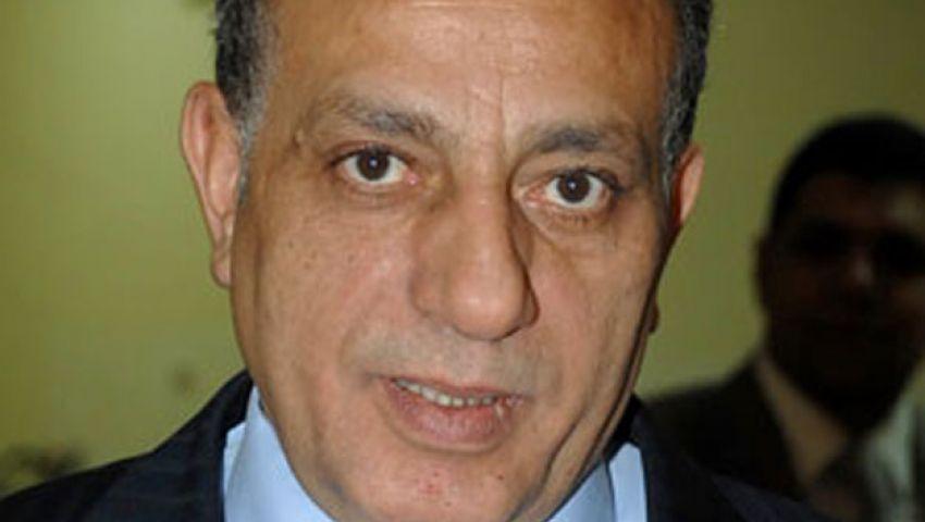 مدير أمن الجيزة في جامعة القاهرة لبحث عملية التأمين