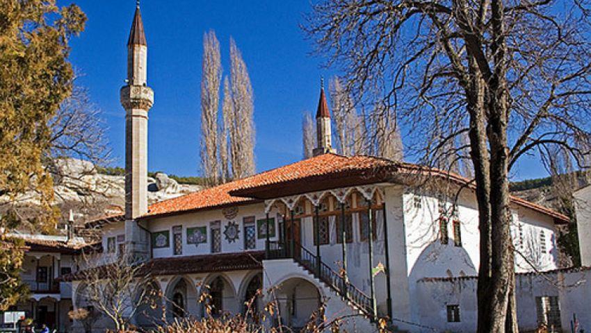 أوكرانية تعتنق الإسلام بعد زيارة مسجد